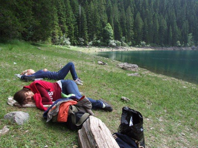 У Черного озера